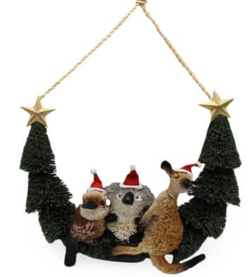 Bristlebrush Christmas Friends Hanger