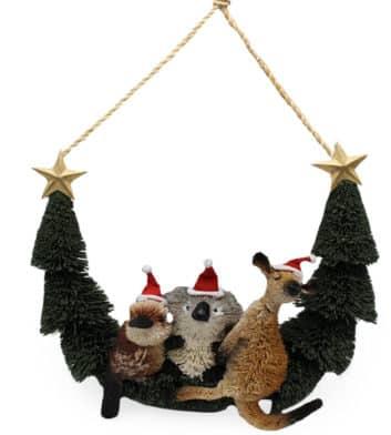 Bristlebrush Christmas Friends Hanger